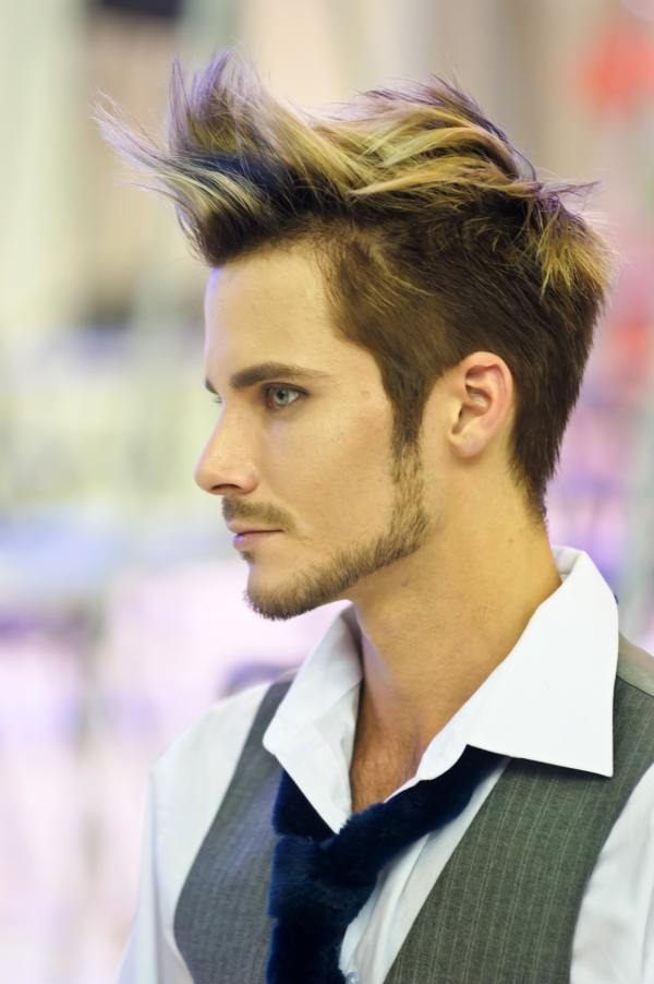 hairstyle-for-round-faces-men